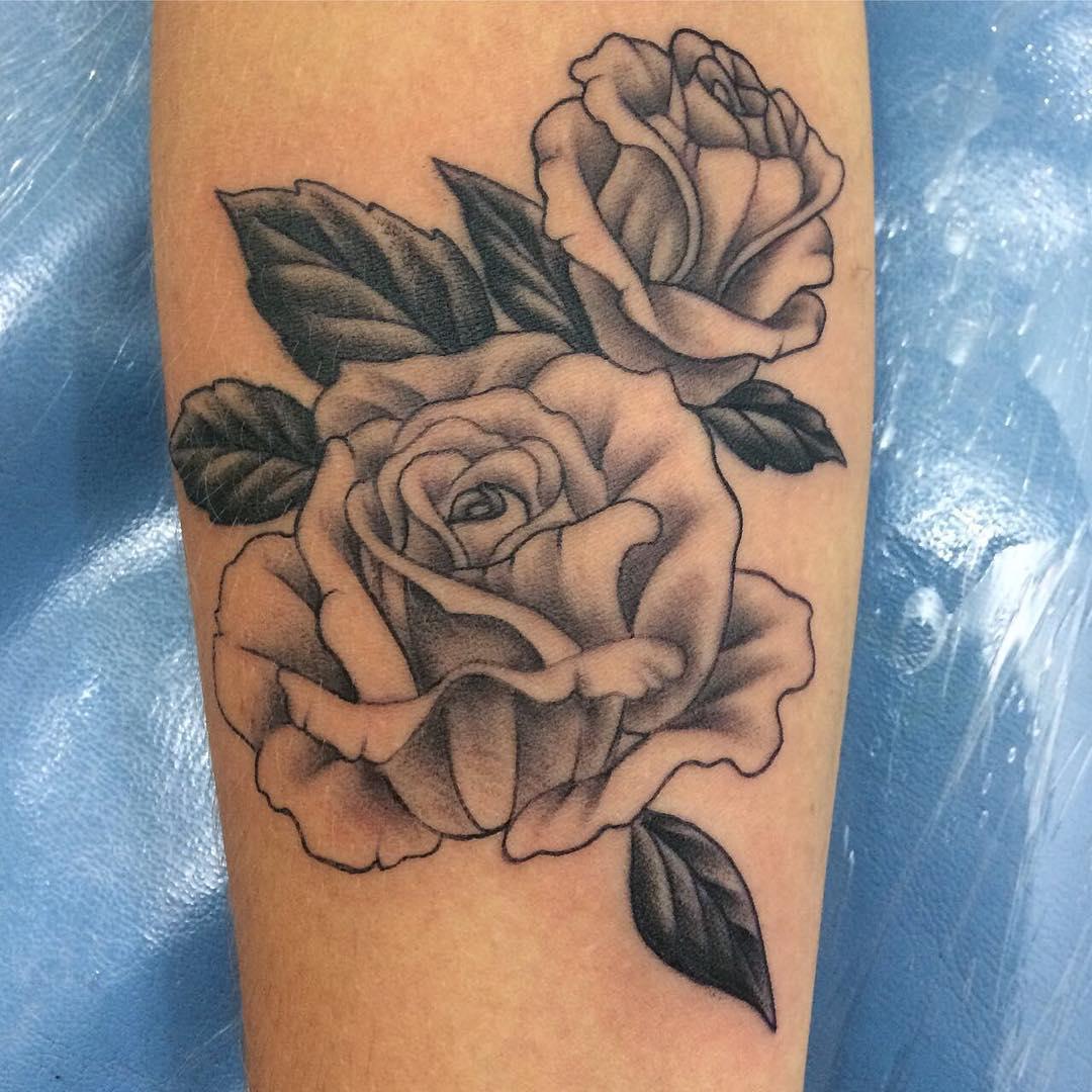 沙先生小臂玫瑰纹身图案图片